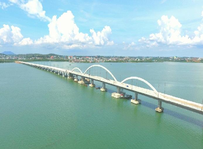 Jembatan dompak - pantai trikora tanjung pinang kepri