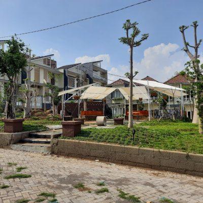 Fasilitas taman di villa dijual di batu malang
